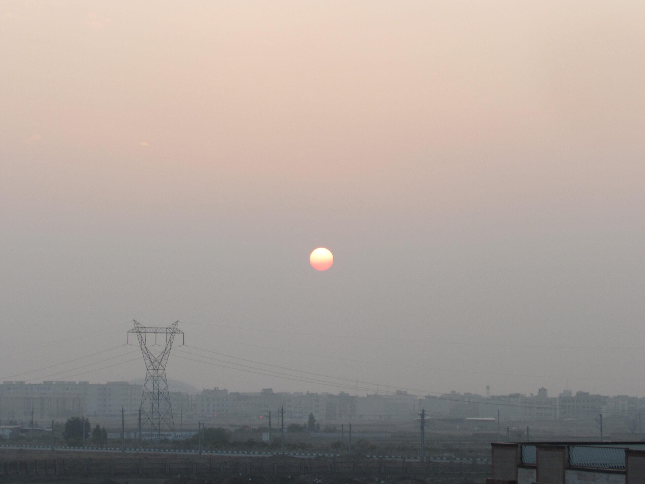 خورشید در افق قم11 آذر1399