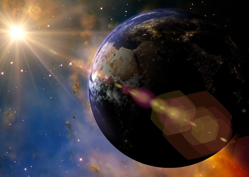 زمین هم به دور خود میچرخد و هم حول خورشید گردش میکند.